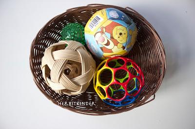 Montessori Spielmaterialien für Säuglinge 6 Monate