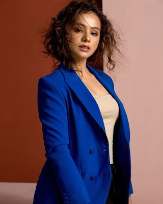 Foto seksi dan model Sahila Hisyam