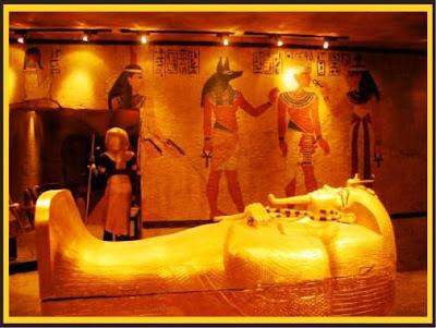 Altın kral Tutankhamun'un hazinesi - AWRAQ