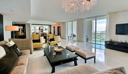 most expensive things owned by Mayweather - Miami Penthouse