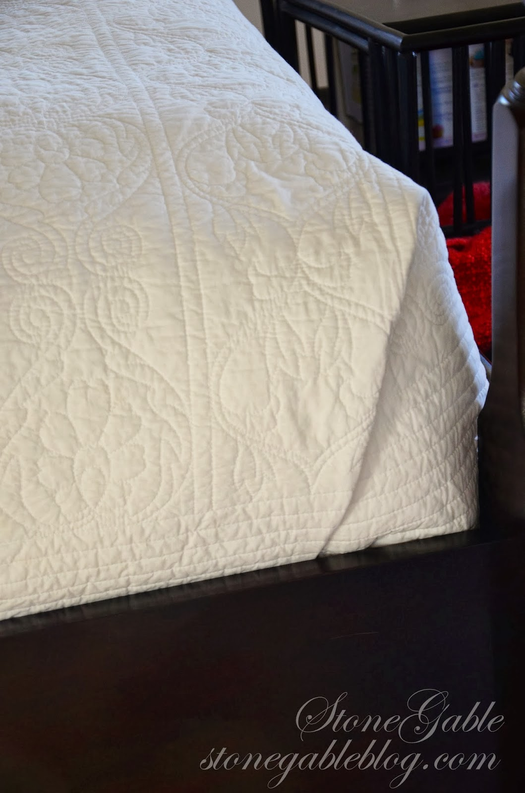 THE MAKING OF A COZY GUEST BED  StoneGable