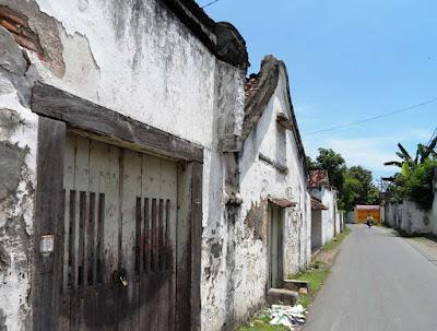 Menjelajahi Lasem dan Rembang di Jawa Tengah