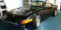 Imagen del primer coche de Sonny, el Ferrari Daytona, en color negro