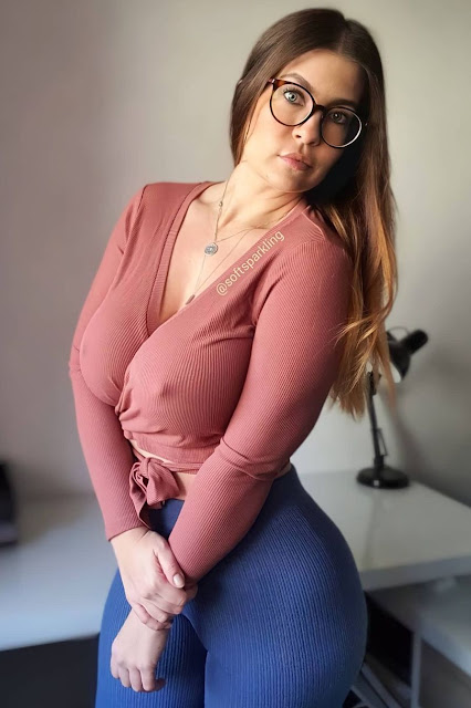 Busty babe drives you HORNY with her braless pokies! 3