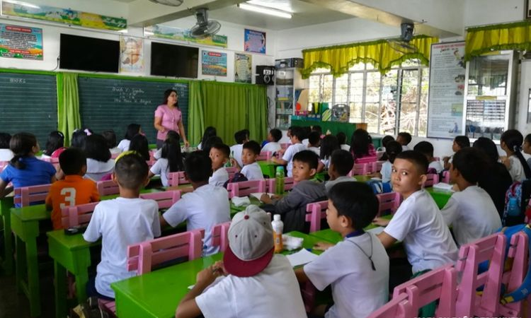 DepEd eyes going back to English as medium of instruction after low PISA results