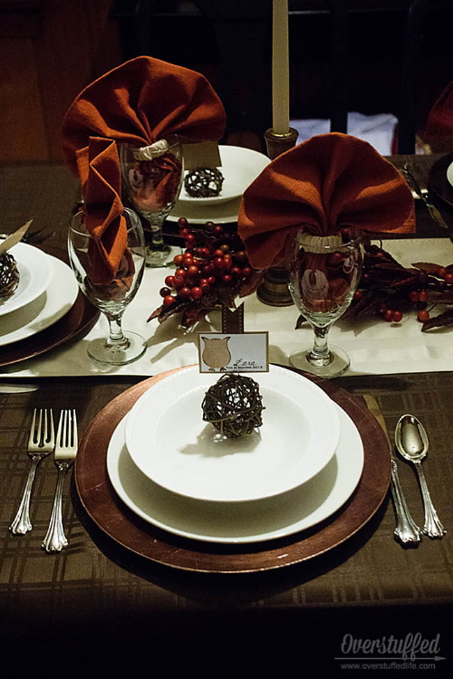 Host a stress-free Thanksgiving dinner. Tip #6: Set the table the night before. #overstuffedlife