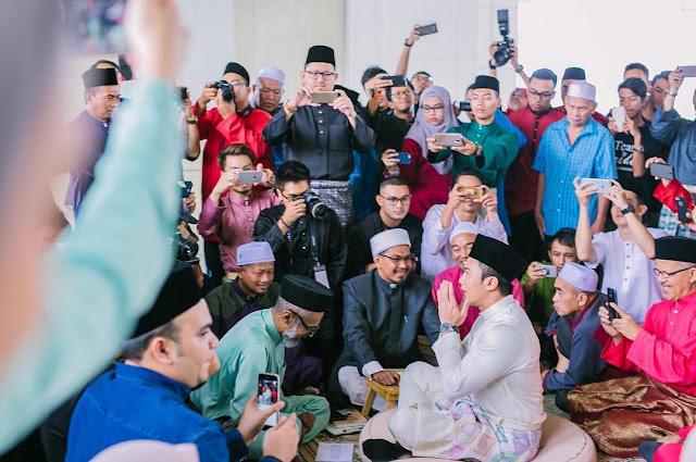 Gambar Pernikahan Saharul Ridzwan dan Qaabila Deena1
