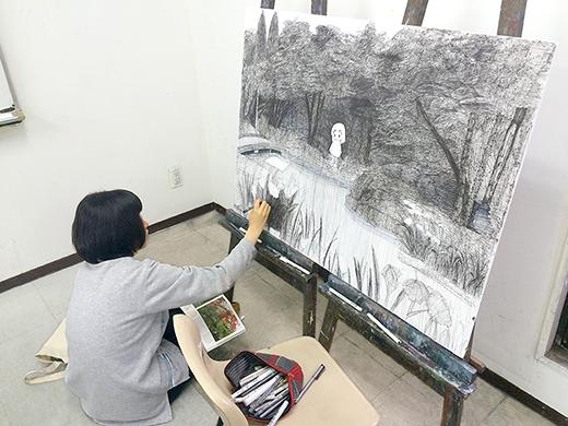 美術クラブ 横浜美術学院の中学生向け教室 ぜんぶ自分でつくる「自由制作」1