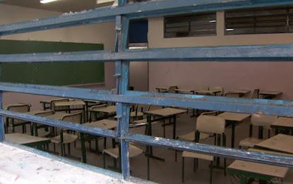 DEMAGOGIA PARLAMENTAR - Educação não recebe condições para ensino e aprendizagem, mas vira 'serviço essencial' na pandemia