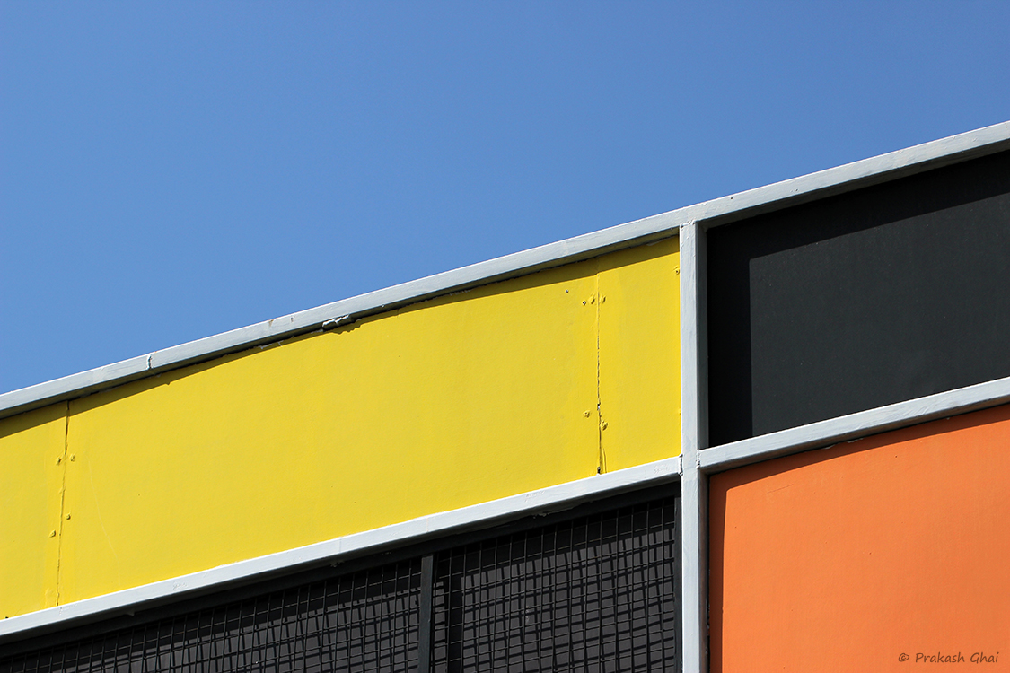 Minimalist photography by prakash ghai colorful lookup for Minimalist architecture photography