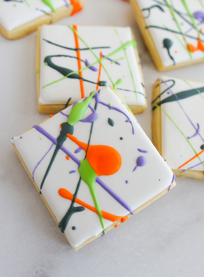 Halloween Cookies So Easy to Decorate, It's Scary!