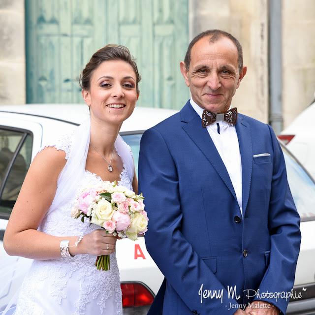 photo mariée et son papa - attente devant l'église