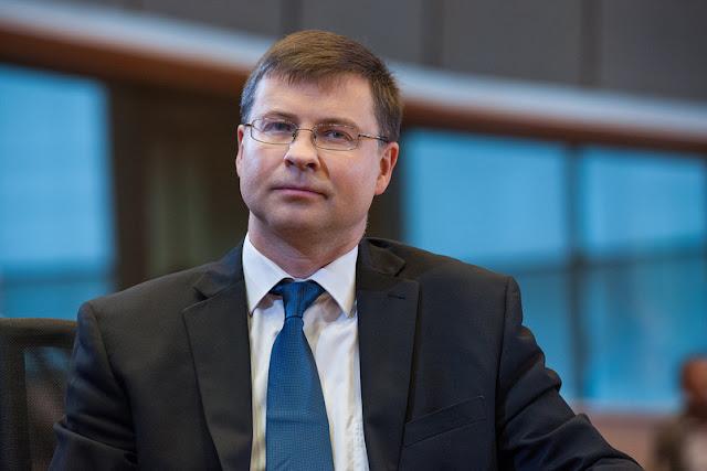 Αδειάζει τον Τσίπρα ο Ντομπρόβσκις για τους φόρους…