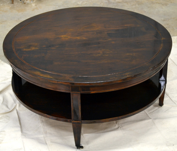 Stained coffee table in ebony: How to Stain a Coffee Table | DIY Playbook