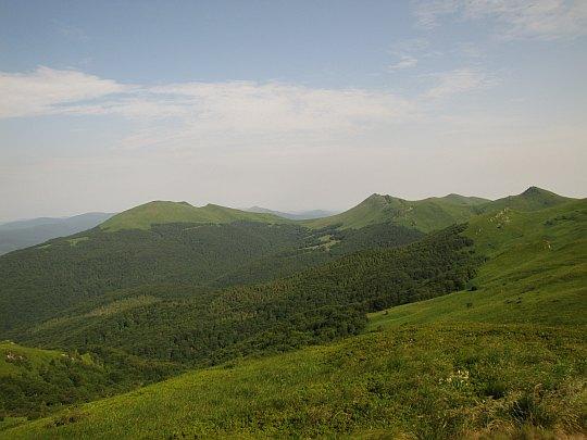 Tarnica (1346 m n.p.m.) - najwyższy szczyt polskich Bieszczadów.