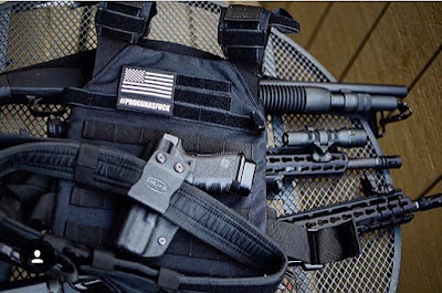 glock 19 holster, glock 19, glock 19 owb holster, glock 19 outside the waistband holster, owb holster for glock 19, g19 holster, open carry holster for glock 19