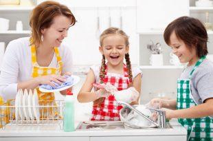 كيف يكون الطفل مشاركاً فى الأعمال المنزلية