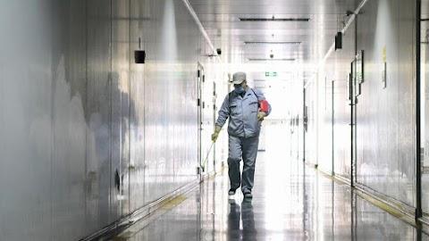 Koronavírus: Franciaországban is emelkedett a fertőzöttek száma, az ország teljes területe érintett
