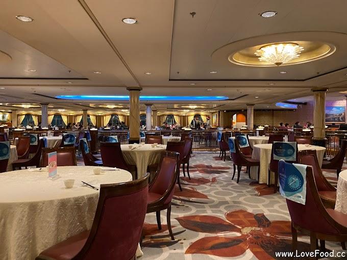 【星夢郵輪-探索夢號】星夢餐廳 - 免費餐廳 提供多人大圓桌 套餐形式供應-xing meng can ting