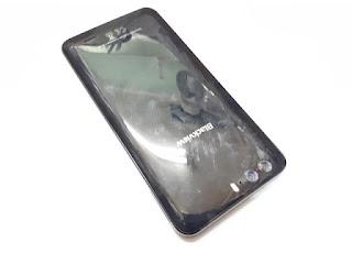 Hape Blackview P6000 Seken Mulus RAM 6GB 4G LTE Dual Back Camera 6180mAh