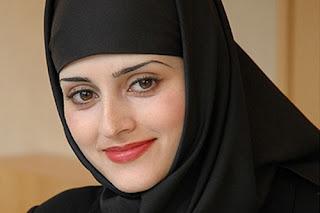 7 Daftar Pengacara Tercantik di Dunia, Nomer 5 dari Indonesia