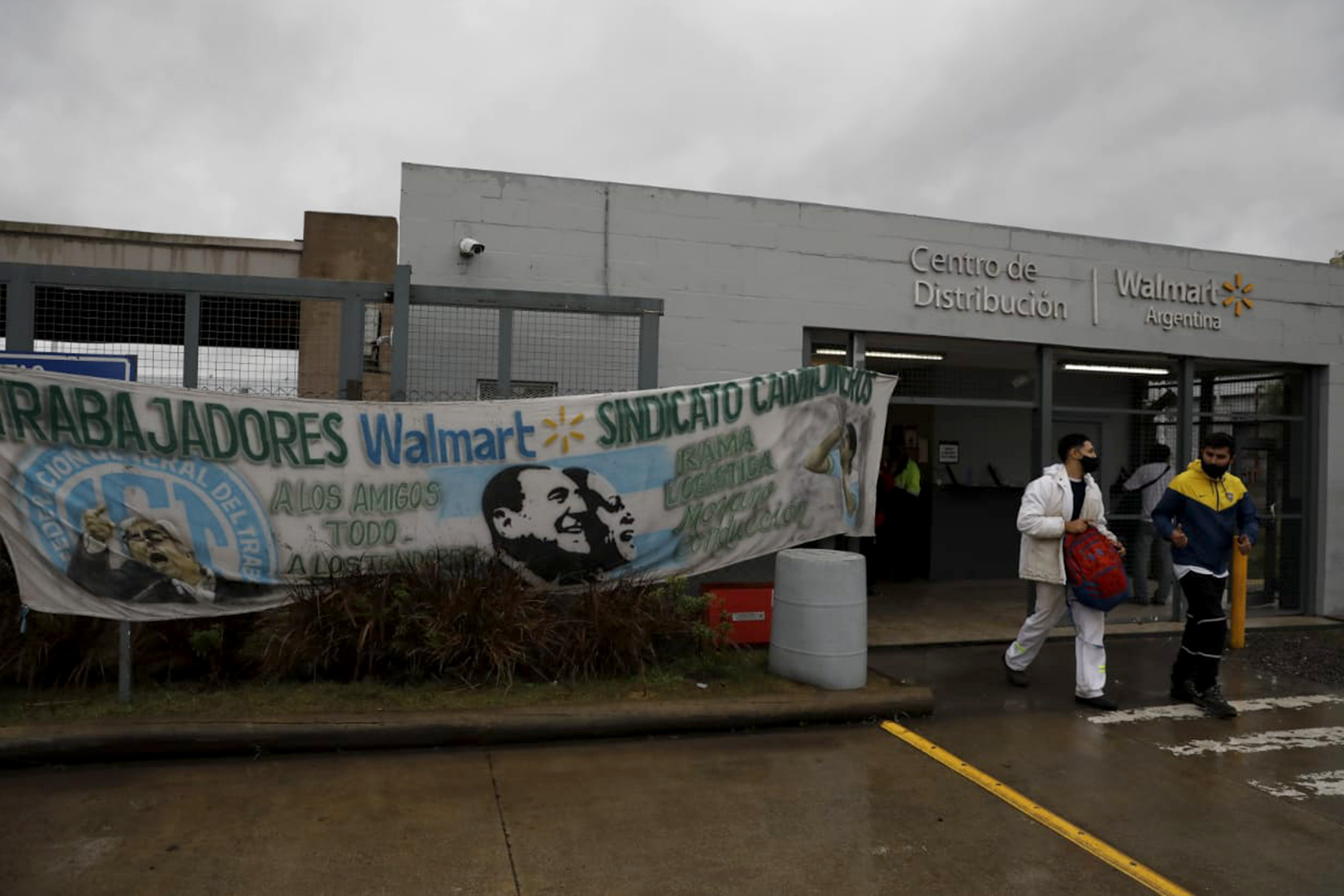Walmart y Moyano alcanzan un acuerdo tras 39 días de conflicto