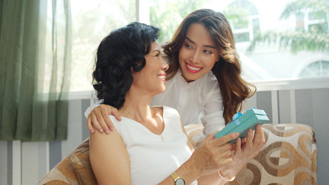 5 Pilihan Hadiah Yang Tepat Untuk Lebaran Istimewa untuk Mertua
