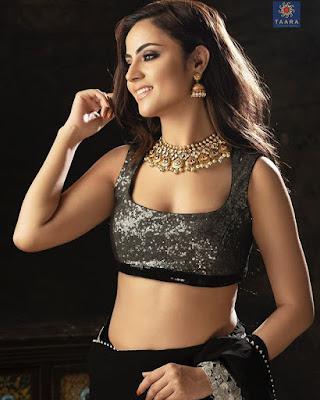 Minakshi Jaiswal  model