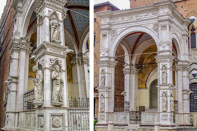 Pórtico do Palazzo Comunale de Siena, Itália