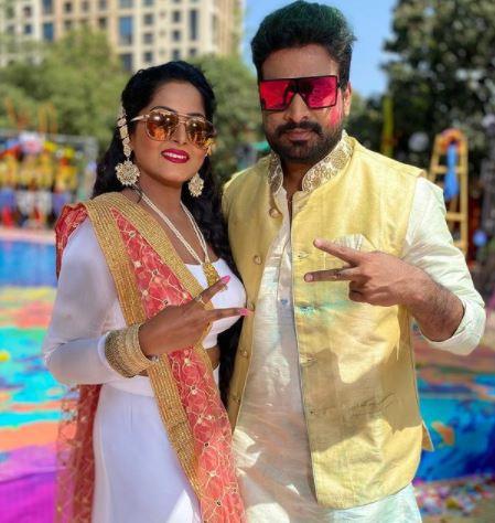 Ajana Sing's suprhit jodi with Famous Bhojpuri star