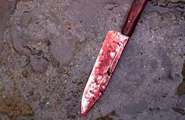 Chofer dio una puñalada certera al joven de 28 años que murió desangrado en unas gradas de patio / FOTO REFERENCIAL WEB