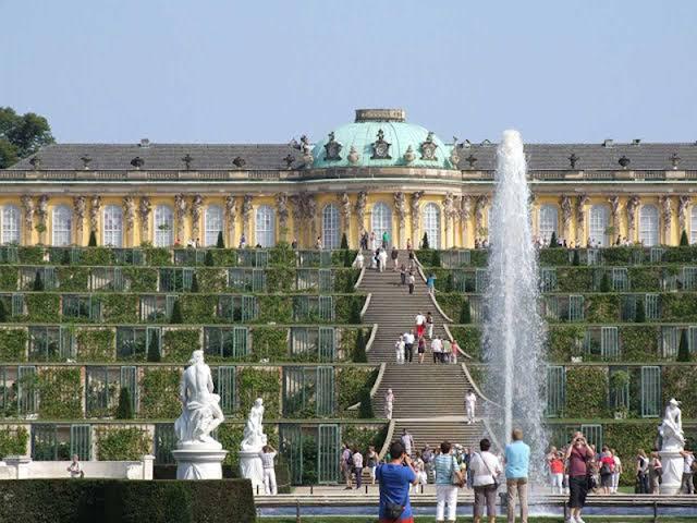 Turistas em Potsdam