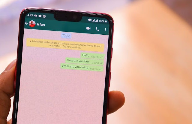 Cara Memiringkan Mencoret Menebalkan dan Mewarnai Huruf di WhatsApp
