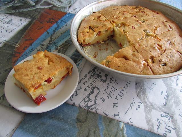 ciasto z Fetą i suszonymi pomidorami