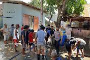 Anggota Polsek Rasanae Barat Dikerahkan Bantu Korban Banjir Bandang di Kota Bima