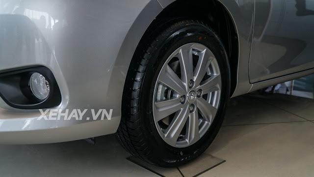 vios 15e cvt 9 - Cận cảnh Toyota Vios 1.5E CVT mới ra mắt Việt Nam