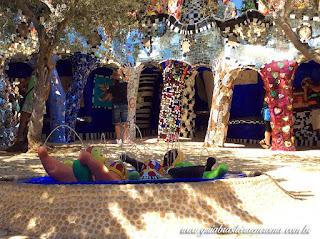 jardim dos taros guia brasileira praca - Jardim do Tarô de Niki de Saint-Phalle