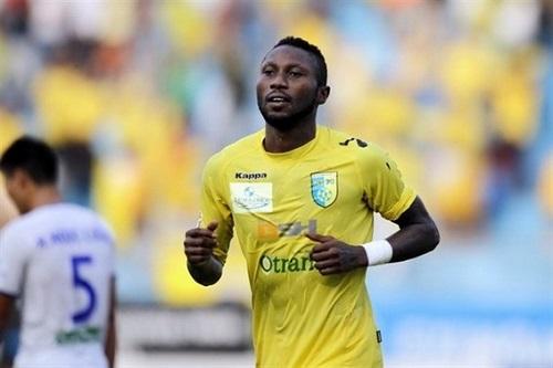 Người tiền đạo nhập tịch gốc Nigeria đúng là một huyền thoại của V.League