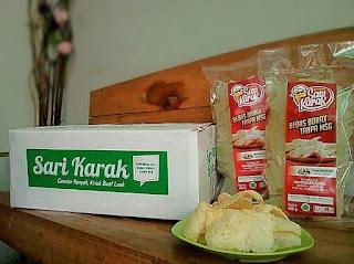 Kerupuk beras dengan merk Sari Karak