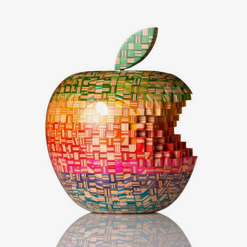 27-Big-Apple-1-Haroshi-The-Art-of-Skateboarding-Made-into-Sculpture-www-designstack-co