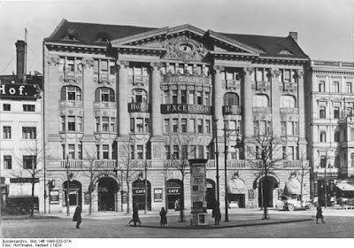 Berlin Hotel Excelsior 1930