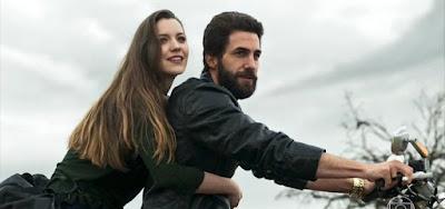 Fabiana (Nathalia Dill) deve quebrar a cara com Rael (Rafael Queiroz) em sua virada na novela