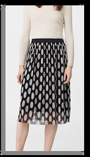 http://shop.mango.com/fr/femme/jupe-midi/jupe-plissee-imprimee_83090255.html?c=99&n=1&s=rebajas_she.familia;20.skirts20;Midi
