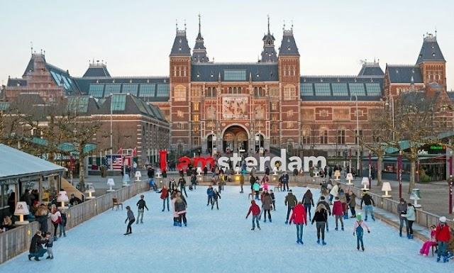 Visit the splendid Christmas markets in the Netherlands