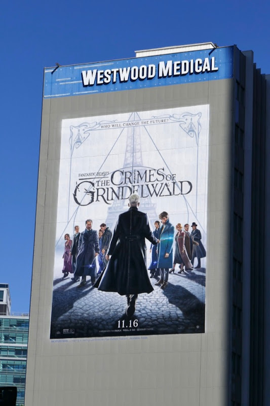 Fantastic Beasts Crimes Grindelwald billboard