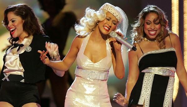 """Há 10 anos atrás, Christina Aguilera lançava o icônico álbum """"Back to Basics""""!"""