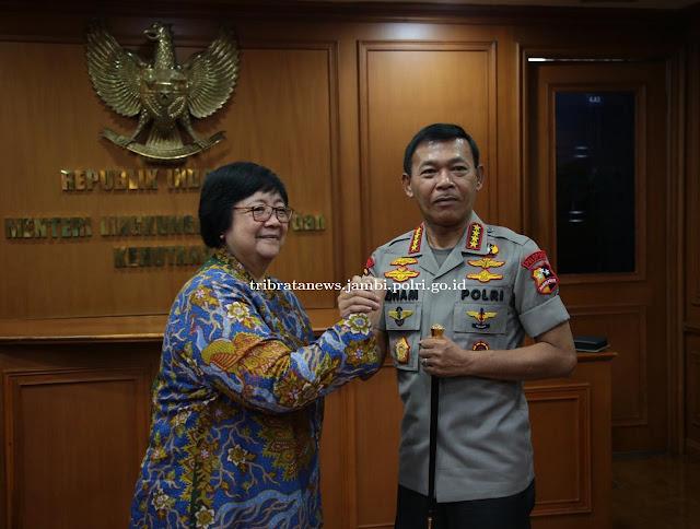 Kapolri Melaksanakan Silaturahmi dengan Menteri LHK, Dr. Ir. Siti Nurbaya Bakar, M.Sc