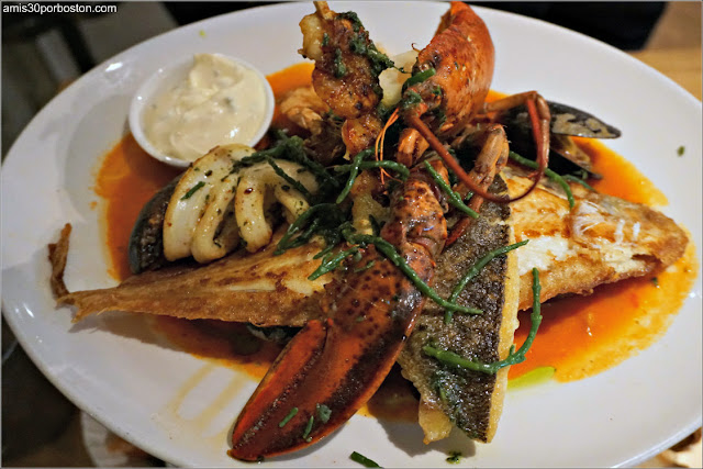 Mixed Grill del Combinado de Mariscos del Seafood Bar en Amsterdam