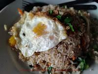 nasi goreng telur mata