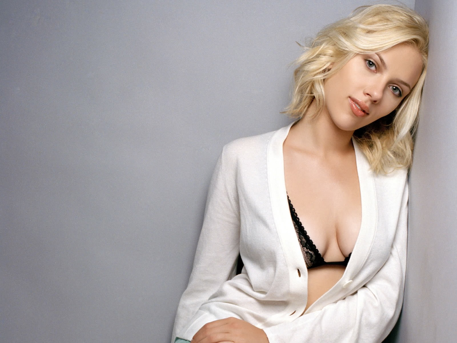 All Wallpapers Scarlett Johansson New Wallpapers 2013